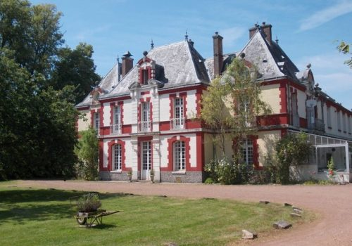 Escape to Chateau Weddings